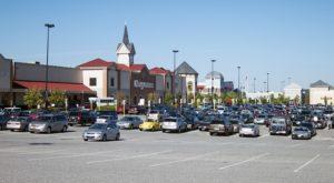 How Parking Lot Contractors Help Businesses Thrive